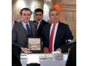 Başkan Uysal'dan, Bakan Ünal'a Turizm Ve Kaleiçi Dosyası