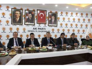 AK Parti Başkanlık Sistemini Anlatacak