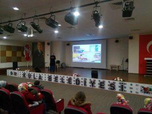 Kula 4 Eylül İlkokulunda Teknoloji Semineri