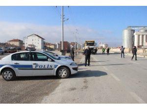 Karaman'da Drift Atan 17 Sürücünün Ehliyetine El Konuldu