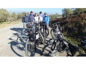 Burhaniyeli Bisikletçiler Koca Seyit Yolunda