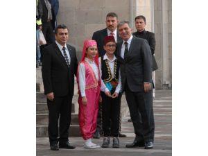 11. Cumhurbaşkanı Gül, Kayseri Valiliği'ni ziyaret etti