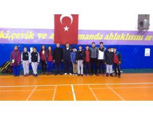 Malatya Badmintonda Çeyrek Finalde