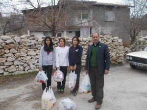 Lise Öğrencilerinden Gıda Yardımı