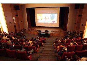 Engellilere Yönelik Film Gösterimi Gerçekleşti