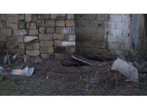 Silopi'de Kanalizasyon Çukurunda Mühimmat Ele Geçirildi