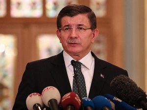Başbakan Davutoğlu: Sultanahmet'teki saldırıyla ilgili 4 gözaltı daha oldu