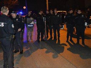 Bursa'da uyuşturucu satıcılarının evine saldırı