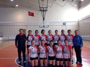 Esra Karakaya Anadolu Lisesi Dörtlü Finalde