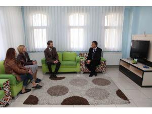 Nilüfer Belediyesi personelinden Sevgi Evleri'ne yeni yıl hediyesi