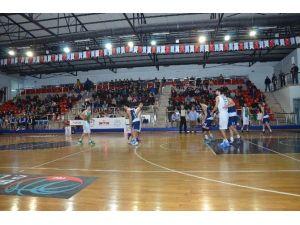 Basketbolda Fikstür Belediyespor Lehine