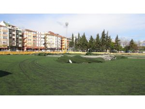 Avcılar Turgut Özal Statı yıkıldı