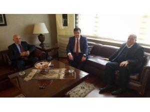 Başkan Yalçın, Eski Bakan Şeker'i Ziyaret Etti