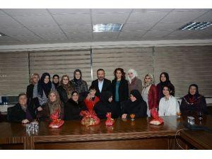 Suriyeli Kadınlar Başkan Doğan'a Teşekkür Ziyaretinde Bulundu