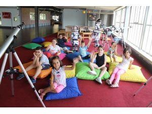 Bilim Merkezi'ne İstanbul Ve Kocaeli'den Ziyaretçi Akını