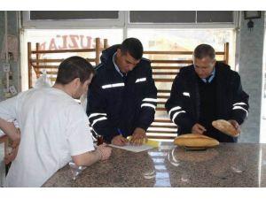 Zabıta Ekipleri Ekmek Satış Yerlerini Ve Gramajını Denetledi