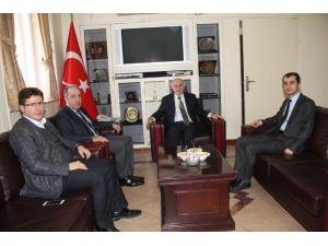 TBMM İnsan Hakları İnceleme Komisyonu Başkanı Yeneroğlu Vali Odabaş'ı Ziyaret Etti