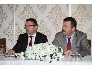 Genel Sekreter Aydınlık, İlçe Belediye Müdürleri İle Buluştu