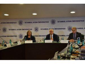 """Prof. Dr. Saim Yeprem: """"Doğu'daki Gençler Çatışmaya Hazır Hale Getiriliyor"""""""