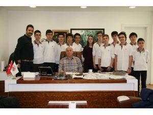 Döşemealtı Belediyesi'nden Öğrencilerin Çevreci Projesine Destek