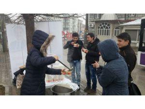Çankırı Belediyesi'nden final sınavları haftasında öğrencilere sıcak çorba