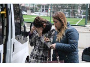 Hırsızlık Suçundan 12.5 Yıl Cezası Bulunan Genç Kız Tutuklandı