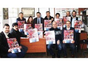 Gazetecilerden Takvim Satışına Destek