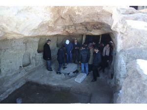 Konya Heyeti Dünyanın En Büyük Yeraltı Yerleşiminde İncelemelerde Bulundu