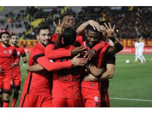 Galatasaray İkinci Yarıya Umutlu Başlamak İstiyor
