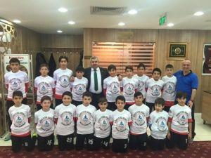 Körfez Gençlerbirliği Akademispor Şampiyon Oldu