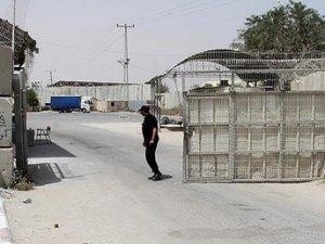 İsrail Gazze'ye sınır kapısını tek günlük açtı