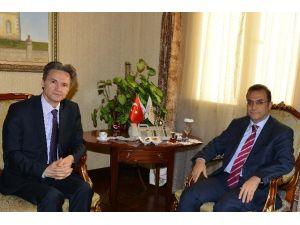 Büyükelçi Onofrei Vali Türker'i Ziyaret Etti