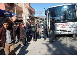 Genç Kadın Yolcu Otobüsünün Altında Kaldı