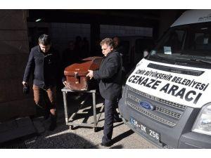 Kireç Tankının İçine Düşerek Ölen 3 İşçiden 2'sinin Cenazeleri Ailelerine Telim Edildi