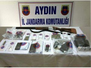 Gaspçının Evinde Uyuşturucu Madde Ve Silah Ele Geçirildi