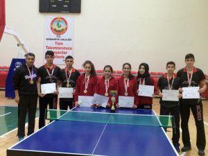 Masa Tenisi Türkiye Şampiyonası'nda Adana'yı Burç Okulları temsil edecek