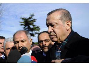 Cumhurbaşkanı Erdoğan, Cuma Namazını Sultanahmet Camii'nde Kıldı