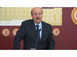 Bekaroğlu: Komisyon iş yapamaz hale gelirse sorumlusu İsmail Kahraman olur