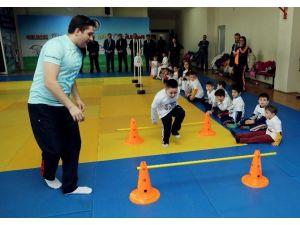 İlkadım Minikleri Sporla Buluşuyor
