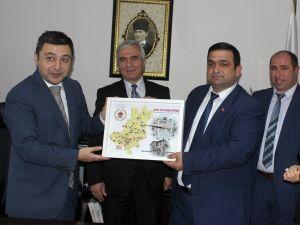HADEF Başkanı Şahin, Kaymakam Tanrısever ve Belediye Başkanı İkiz'i ziyaret etti