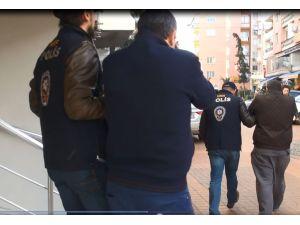 ATM fareleri İzmir'de yakalandı