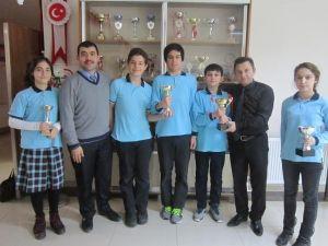 TEOG Türkiye 1.'si Fatsa Özel Dolunay Okulları'ndan