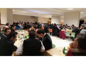 İstikbal Koleji'nde veliler Sıra Gecesi'nde buluştu