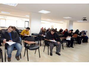 Komek'te Yeni Açılan Merkezlere Öğretmenler Sınavla Alınıyor