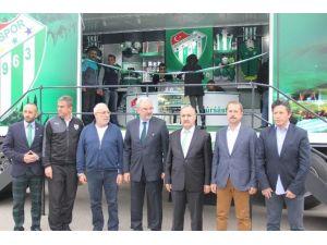 Bursaspor 'Store Tırı'na Kavuştu