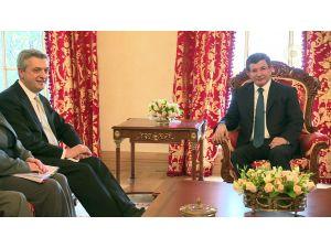 Davutoğlu, BM mülteciler komiserini kabul etti