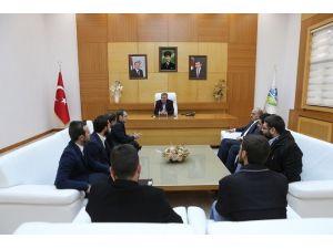 AK Partili Ecertaş'tan Başkan Toçoğlu'na Ziyaret