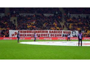 Galatasaraylı Taraftarlar Sefa Kalya'yı Unutmadı