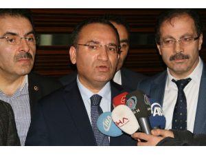 """Adalet Bakanı Bekir Bozdağ: """"CHP Genel Başkanı Kemal Kılıçdaroğlu Zannediyorum Kendi Vasfını Tarif Etmiştir"""""""