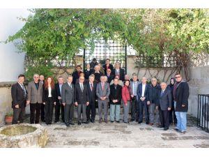 Kızılay'ın Hilali Adana'da Parlıyor